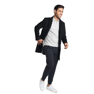 How to Wear a Grey Polo For Men: Something as simple as opting for a grey polo and black sweatpants can potentially set you apart from the crowd. Add a pair of white leather low top sneakers to the equation to easily step up the fashion factor of this ensemble.