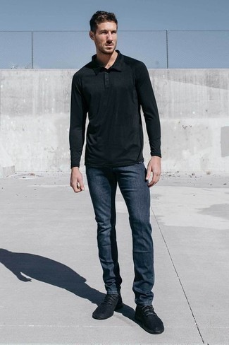 Black Polo Neck Sweater Outfits For Men: A black polo neck sweater and navy jeans are an easy way to inject extra class into your day-to-day off-duty routine. For something more on the daring side to finish off this outfit, introduce a pair of black athletic shoes to the equation.