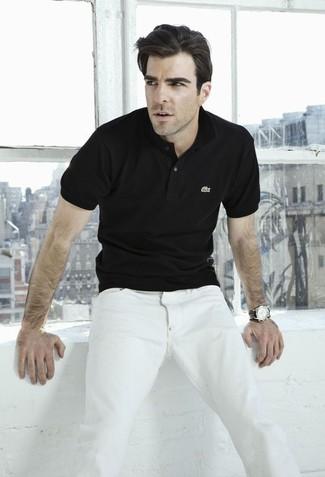 For those who like the comfort look, try teaming a black polo with white jeans. This combination is a never-failing option if you're on a mission for a great, season-appropriate combo.