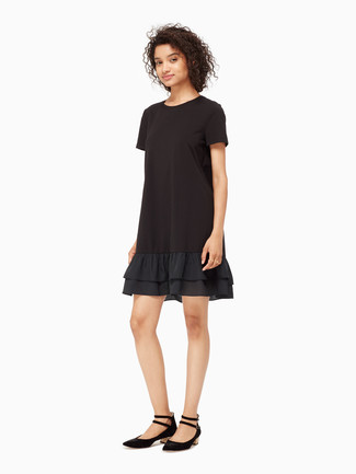 A black ruffle shift dress will showcase your sartorial self. Why not add black suede ballerina shoes to the equation for a more relaxed feel? Seeing as it is getting colder every day, this getup is a good choice for the time in between seasons.