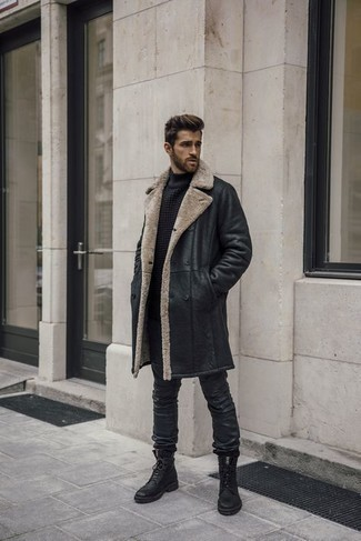 1200+ Chill Weather Outfits For Men: A black shearling coat and black leather jeans are great menswear items to have in the casual part of your wardrobe. With shoes, go for something on the smarter end of the spectrum and complement your getup with a pair of black leather casual boots.