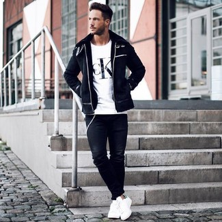 f95443b8fe How To Wear White Low Top Sneakers With a White and Black Print Crew ...