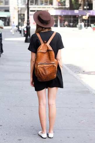 How to wear: black shift dress, white leather ballerina shoes, tobacco leather backpack, dark brown wool hat