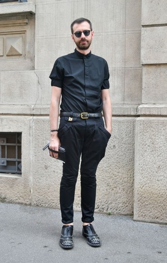 How to wear: black short sleeve shirt, black chinos, black studded leather oxford shoes, black leather belt