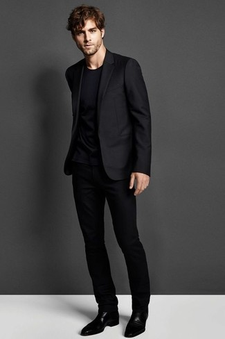 How To Wear a Black Crew-neck T-shirt With a Black Suit | Men's