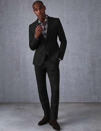 How to Wear Dark Brown Suede Oxford Shoes: Pairing a black suit and a dark brown plaid dress shirt will cement your styling skills. Let your styling expertise truly shine by finishing this outfit with a pair of dark brown suede oxford shoes.