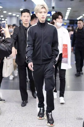 How to wear: black track suit, black athletic shoes