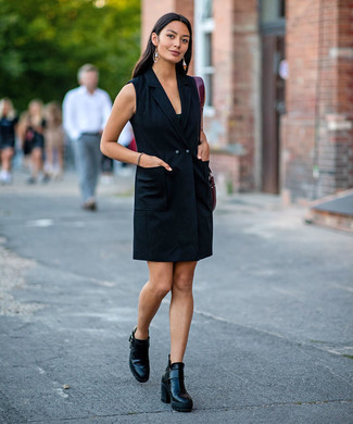 How to wear: black tuxedo dress, black leather ankle boots, burgundy leather tote bag