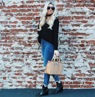 How to wear: black v-neck sweater, blue ripped skinny jeans, black leather wedge ankle boots, beige leather tote bag