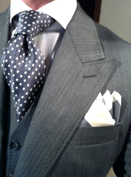 Men 39 S 39 Charcoal Blazer White Silk Pocket Square Navy
