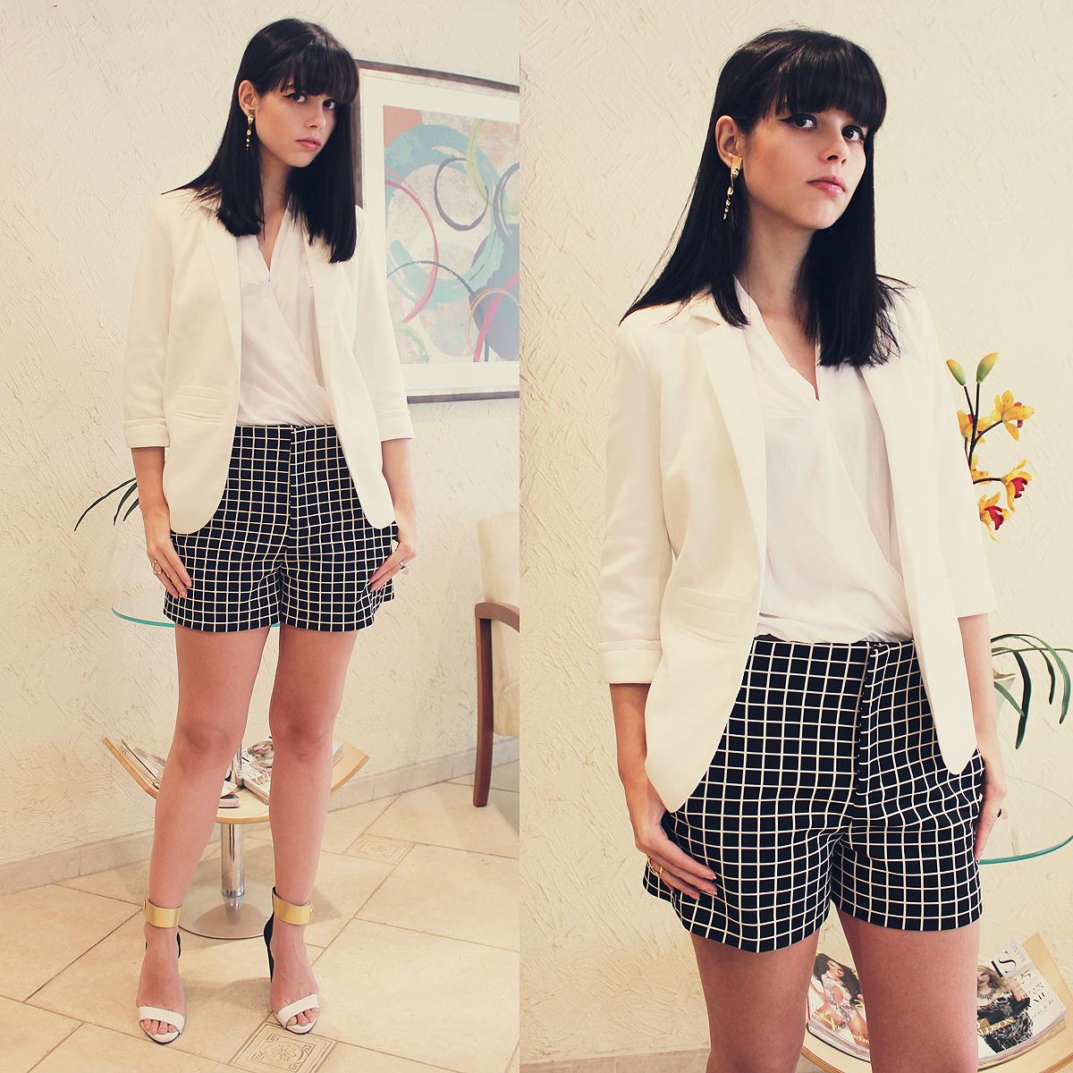 239bb3501bf5 Cómo combinar un blazer blanco con unos pantalones cortos a cuadros ...