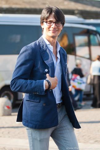 Jean bleu chemise grise