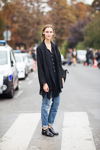 How to wear: black blazer, black chiffon button down blouse, blue boyfriend jeans, black leather loafers