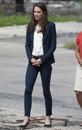 Kate Middleton wearing Navy Blazer, Beige Button Down Blouse, Navy Skinny Jeans, Navy Suede Wedge Sandals