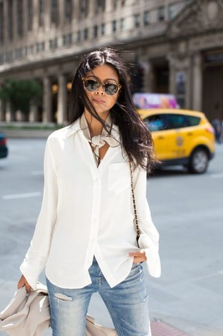 How to wear: beige blazer, white chiffon button down blouse, light blue ripped skinny jeans, black leather crossbody bag