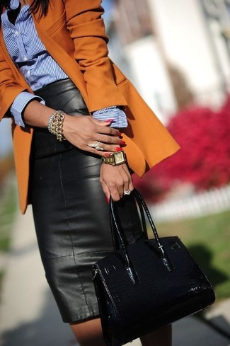 Blazer naranja de Versace