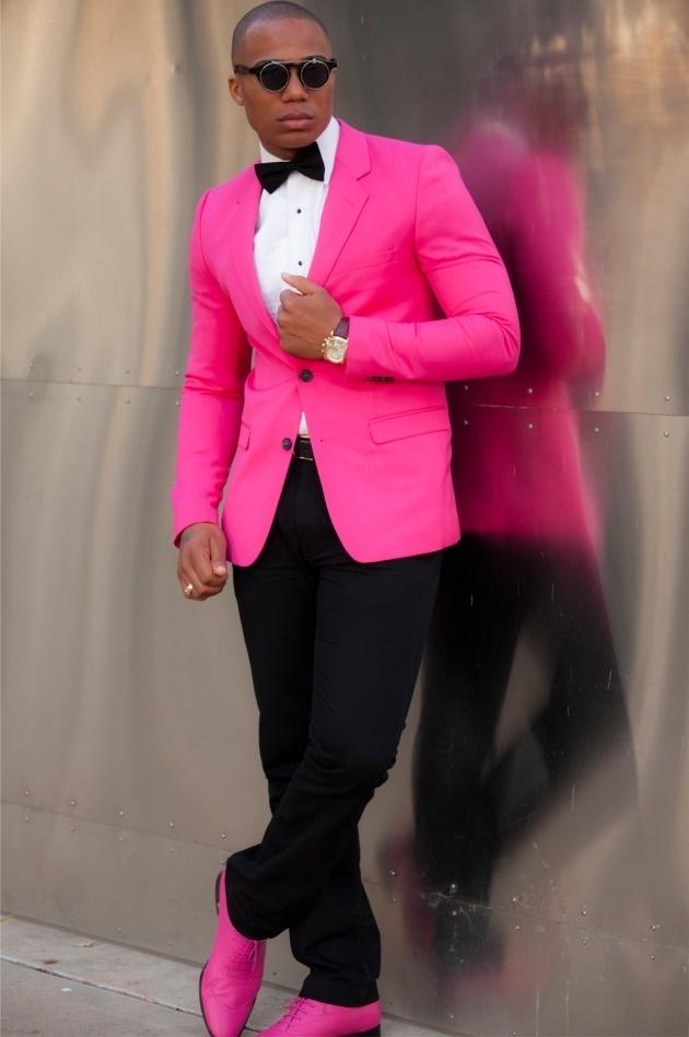 49172feca1323 Cómo combinar un blazer rosa (49 looks de moda)