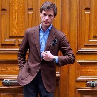 Cómo combinar: blazer de lana marrón, camisa de vestir azul, pantalón de vestir de lana en gris oscuro, pañuelo de bolsillo de paisley en verde azulado