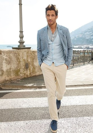 How to wear: light blue blazer, light blue cardigan, grey dress shirt, beige chinos