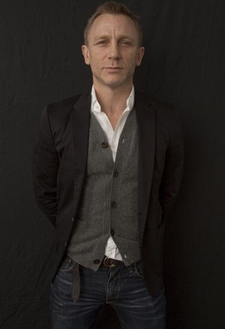 Daniel Craig wearing Black Blazer, Grey Cardigan, White Long Sleeve Shirt, Navy Jeans