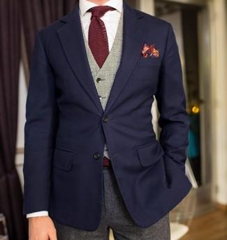 Cómo combinar: blazer azul marino, chaleco de vestir gris, camisa de vestir blanca, pantalón de vestir de lana gris