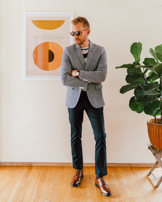 How to Wear Dark Green Chinos: A grey wool blazer and dark green chinos are the kind of a winning ensemble that you need when you have zero time. Brown leather derby shoes are a guaranteed way to bring an added dose of style to this outfit.