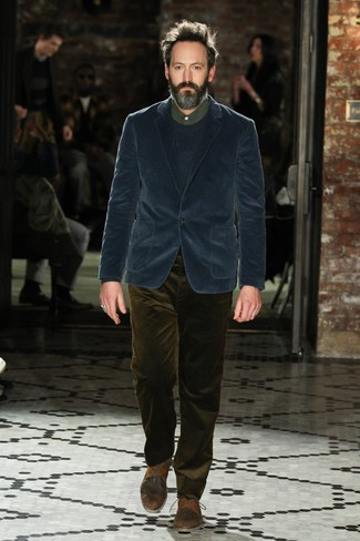 How to wear: navy corduroy blazer, navy crew-neck sweater, dark green dress shirt, olive corduroy jeans