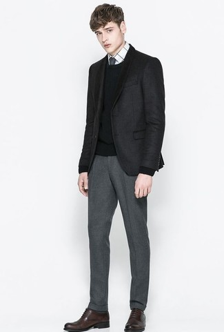 How to Wear a Black Crew-neck Sweater For Men: This combination of a black crew-neck sweater and grey dress pants is ideal when you need to look really smart and sophisticated. Add dark brown leather oxford shoes for an instant style upgrade.