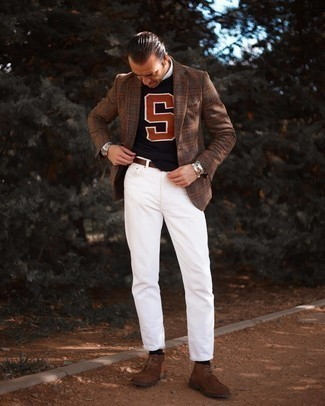 Brown Leather Belt Outfits For Men: This off-duty combination of a brown plaid blazer and a brown leather belt is a fail-safe option when you need to look dapper but have no extra time to craft an ensemble. A pair of brown suede desert boots will dress up your getup.