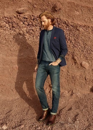 Men's Looks & Outfits: What To Wear In 2020: This pairing of a navy blazer and teal jeans is extra versatile and creates instant appeal. A good pair of brown leather casual boots pulls this ensemble together.