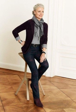 How to wear: dark purple wool blazer, grey crew-neck sweater, dark purple print skinny pants, burgundy suede ankle boots