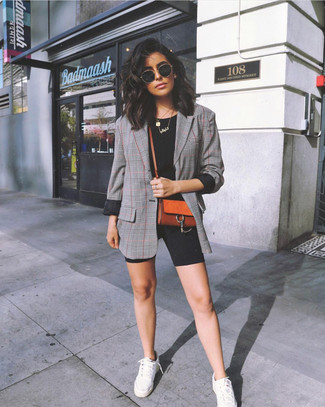 How to wear: grey plaid blazer, black crew-neck t-shirt, black bike shorts, white low top sneakers