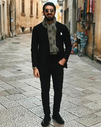 How to wear: black blazer, black crew-neck t-shirt, black chinos, black athletic shoes