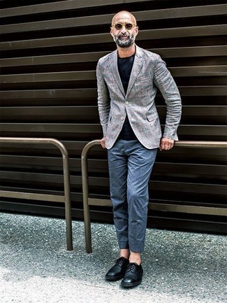 Men's Looks & Outfits: What To Wear In Summer: The go-to for a kick-ass and effortlessly smart getup? A grey plaid blazer with blue chinos. To bring a little classiness to this ensemble, introduce black leather derby shoes to the mix. You totally can keep your cool under the oppressive heat, and this outfit is a shining example of just that
