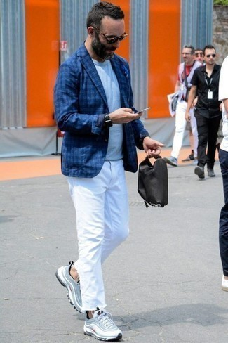 How to Wear a Black Canvas Zip Pouch For Men: If you're looking for a contemporary yet seriously stylish ensemble, rock a blue plaid blazer with a black canvas zip pouch. If you're not sure how to finish, add light blue athletic shoes.
