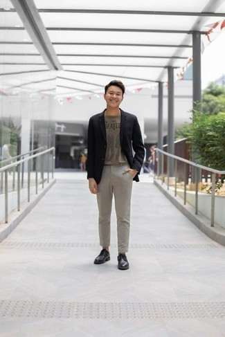 How to Wear Black Leather Derby Shoes: Pair a black blazer with grey chinos if you're aiming for a proper, sharp getup. Rounding off with a pair of black leather derby shoes is a simple way to introduce some extra flair to your ensemble.