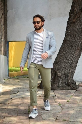 Light Blue Blazer Outfits For Men: A light blue blazer and olive chinos are the kind of a never-failing ensemble that you need when you have no extra time to dress up. Shake up this ensemble with more laid-back footwear, such as these light blue athletic shoes.