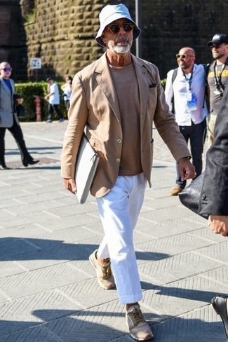 How to Wear a Tan Blazer For Men: Dress to impress in a tan blazer and white dress pants. Send your look down a more relaxed path with tan athletic shoes.