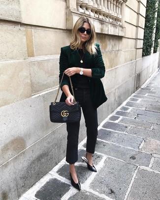How to wear: dark green velvet blazer, black crew-neck t-shirt, black jeans, black leather pumps