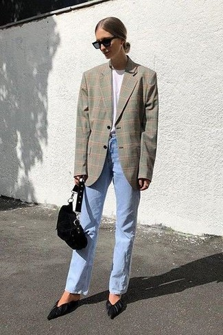 How to wear: grey plaid blazer, white crew-neck t-shirt, light blue jeans, black suede pumps