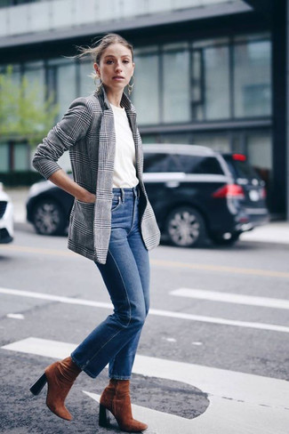 How to wear: grey plaid blazer, white crew-neck t-shirt, blue jeans, tobacco suede ankle boots
