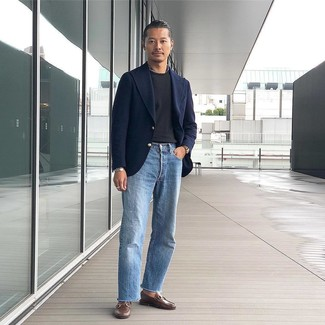 How to wear: navy wool blazer, black crew-neck t-shirt, light blue jeans, brown leather loafers