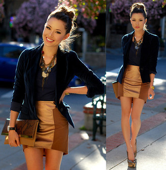 How to wear: navy velvet blazer, navy crew-neck t-shirt, tan mini skirt, silver pumps