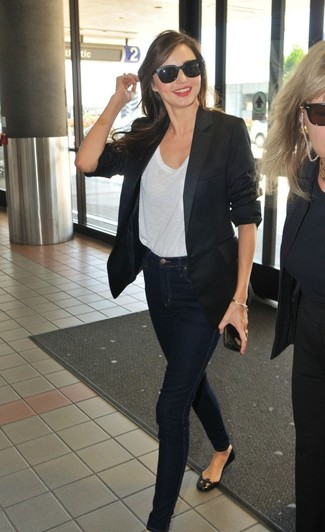 Miranda Kerr wearing Black Blazer, White Crew-neck T-shirt, Navy Skinny Jeans, Black Leather Ballerina Shoes