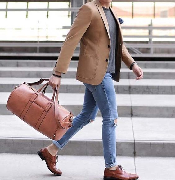 79fb747d7 How to Wear a Tan Leather Holdall For Men (7 looks   outfits ...
