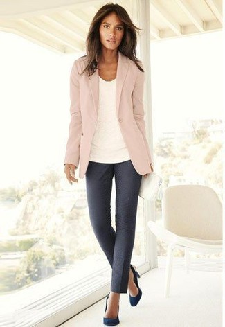 Women's Pink Blazer, White Crew-neck T-shirt, Charcoal Skinny Pants, Navy Suede Pumps