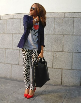 Women's Navy Blazer, Grey Print Crew-neck T-shirt, White and Black Leopard Skinny Pants, Red Leather Pumps