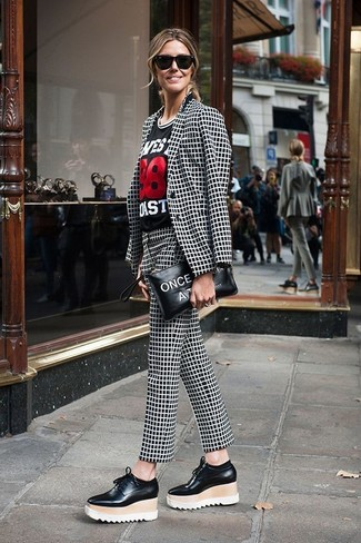 How to wear: black and white check blazer, black print crew-neck t-shirt, black and white check skinny pants, black leather platform loafers