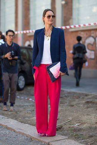 Choose a blazer and red wide leg pants for a standout ensemble. Hot pink chunky suede heeled sandals are a fitting option here. Undoubtedly, it's easier to work through a warm afternoon in a fresh combination such as this one.