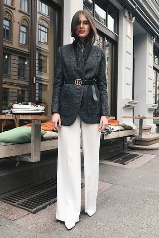 How to Wear White Wide Leg Pants: Show off your styling chops in this combo of a charcoal wool blazer and white wide leg pants. The whole outfit comes together when you introduce white leather ankle boots to the equation.